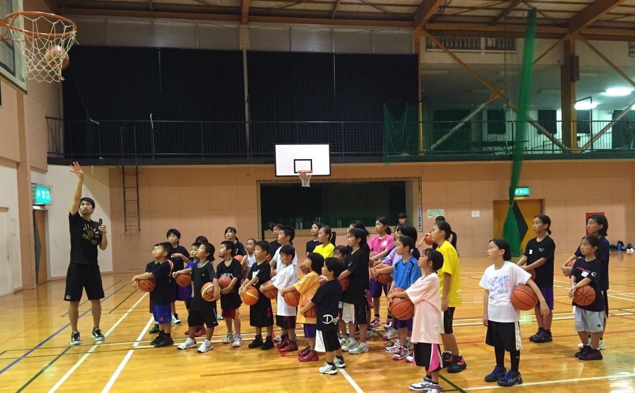 太宰府市体育センターで「+ONEキャラバン」を開催しました